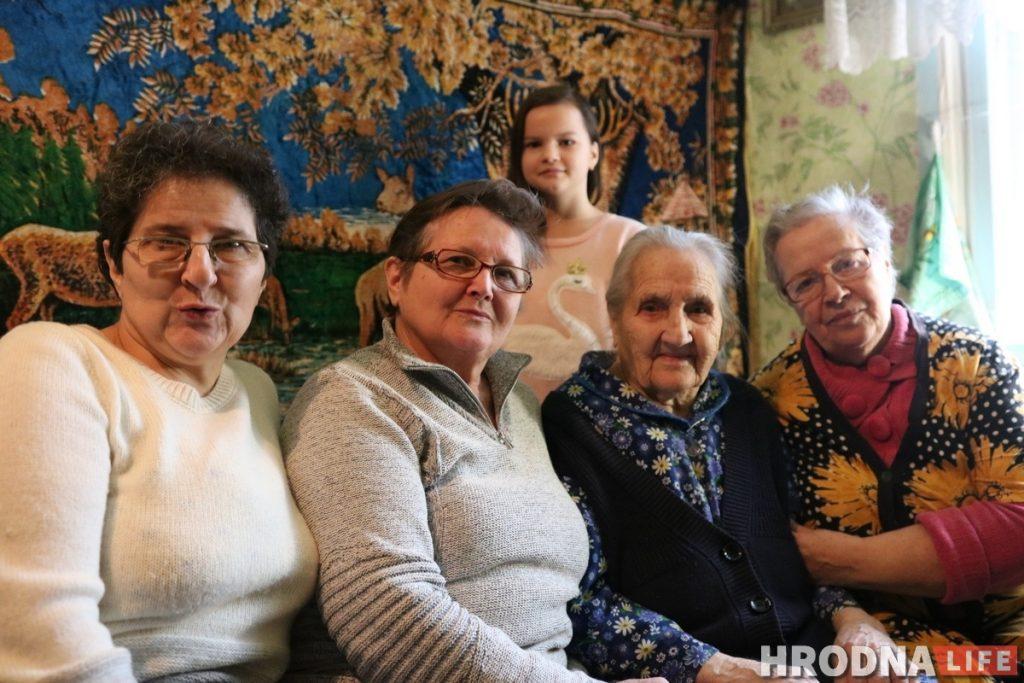 Семья Усиков