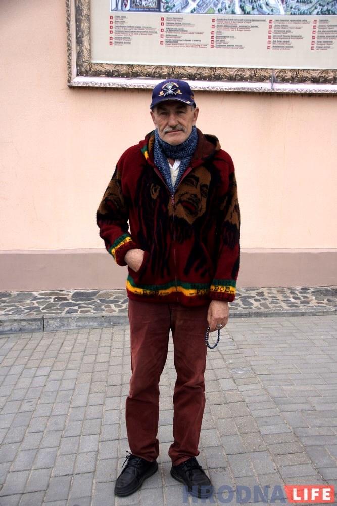 «Одевайся модно и не жалей денег на друзей и женщин». Гродненец Анатолий Пожаров про свой уличный стиль