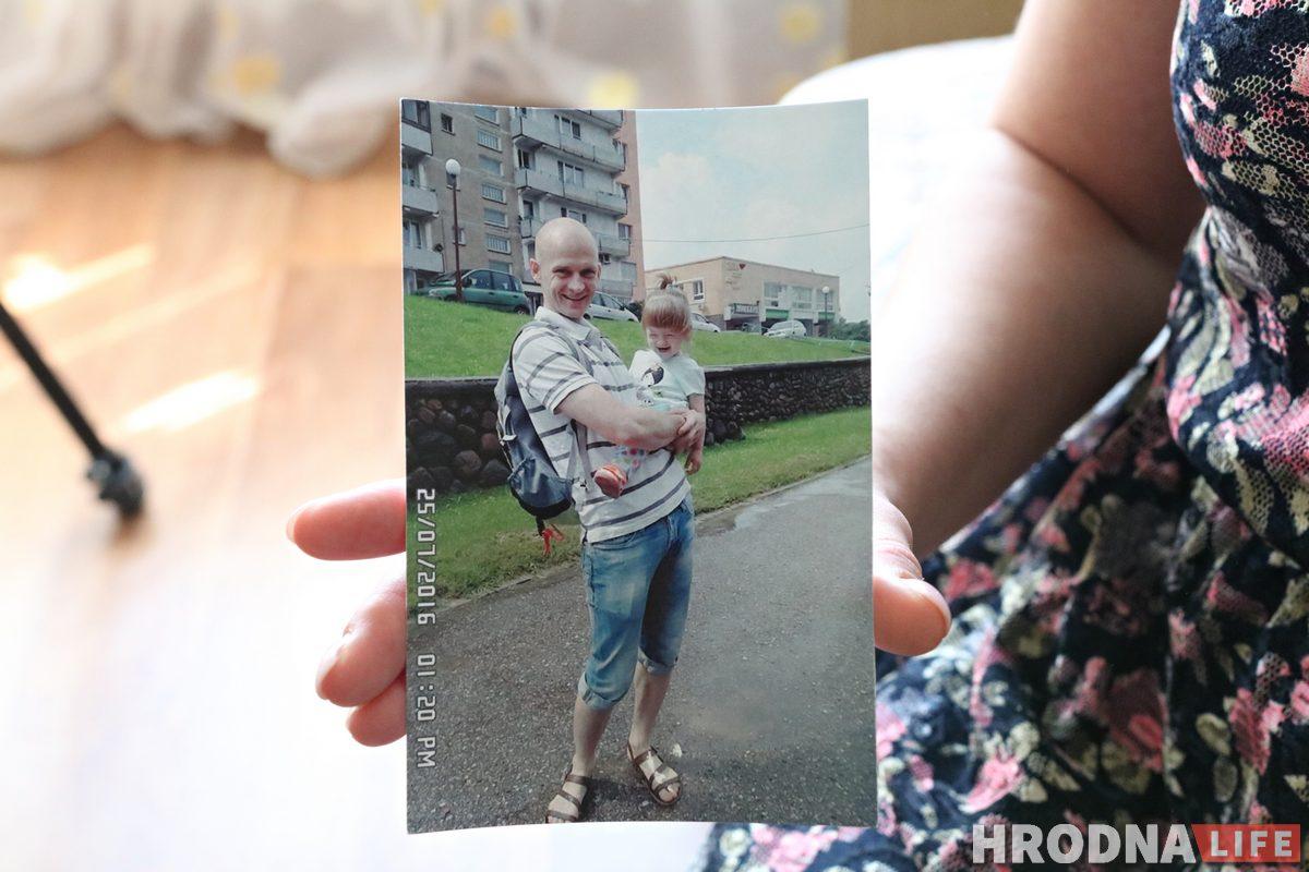"""""""Намекнули, что могут забрать ребенка"""". Гродненка, мужа которой задержали с Тихановским, сообщила о давлении"""