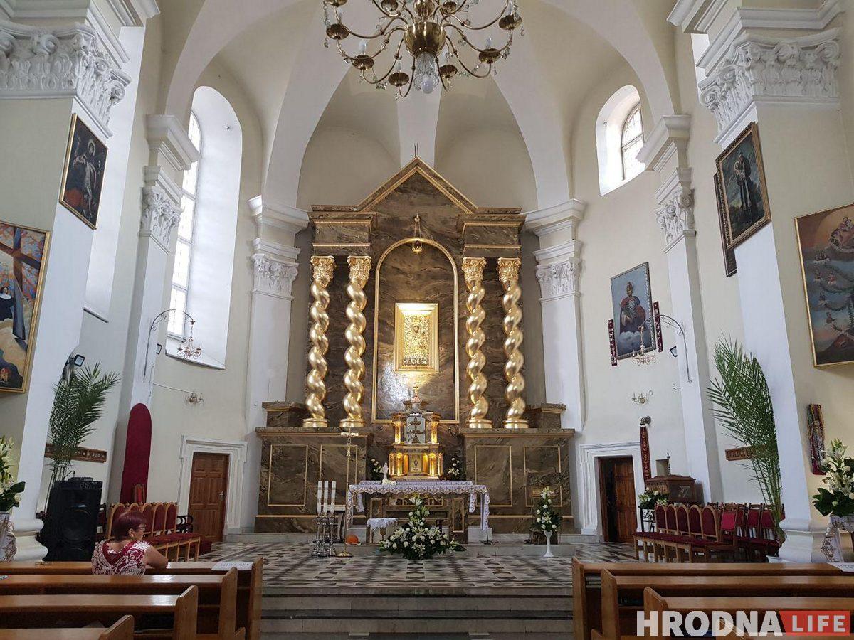 У Брыгіцкім касцёле ў Гродне адкрылі адноўлены алтар 17 стагоддзя