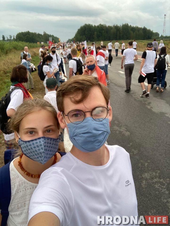 Жывы ланцуг у 50 000 чалавек злучыў Літву і Беларусь