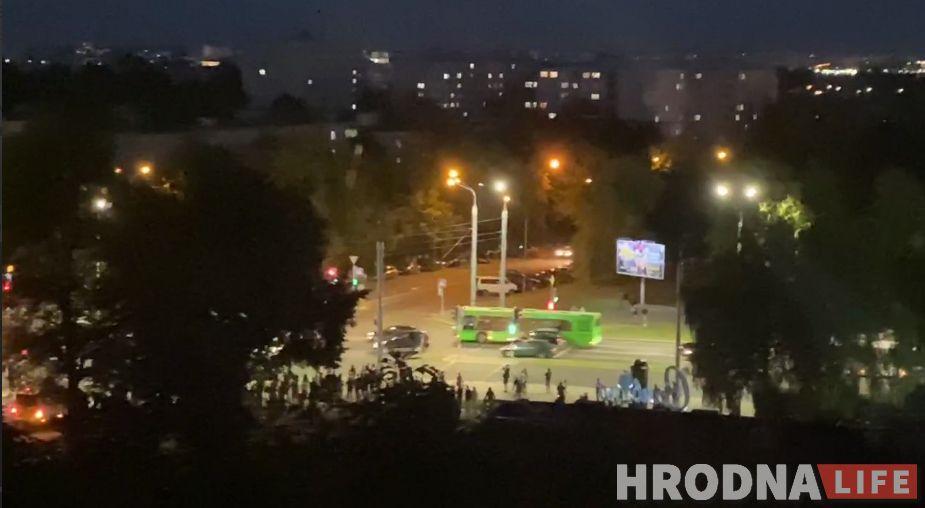УВД, СИЗО и врачи Гродно засекретили количество задержанных и избитых ОМОНом в городе