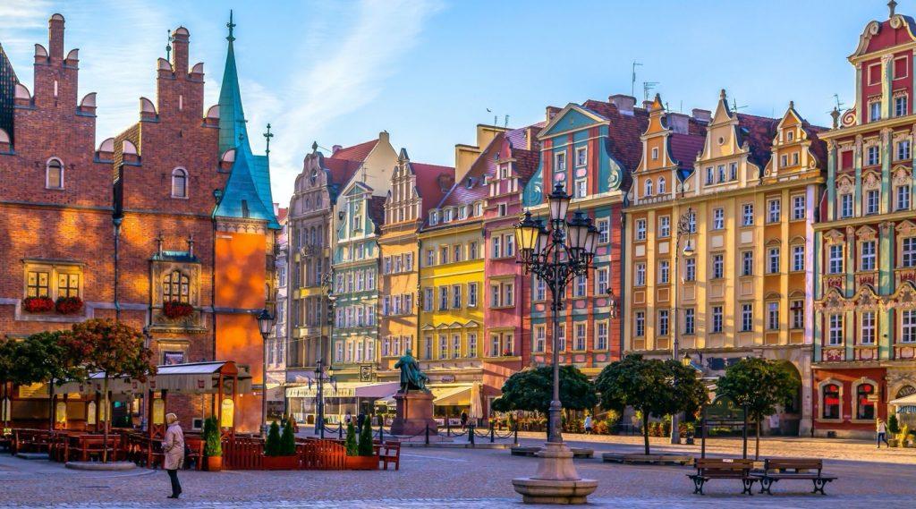 Вроцлав, работа в Польше, жилье