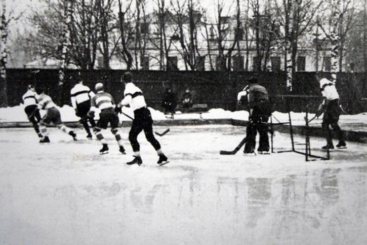 3000 зрителей и будущие звезды: 28 лет назад в Гродно сыграли первый хоккейный матч чемпионата Беларуси