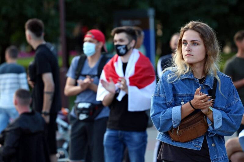 От дружбы до предложения руки и сердца: гродненцы рассказывают, как познакомились на протестах