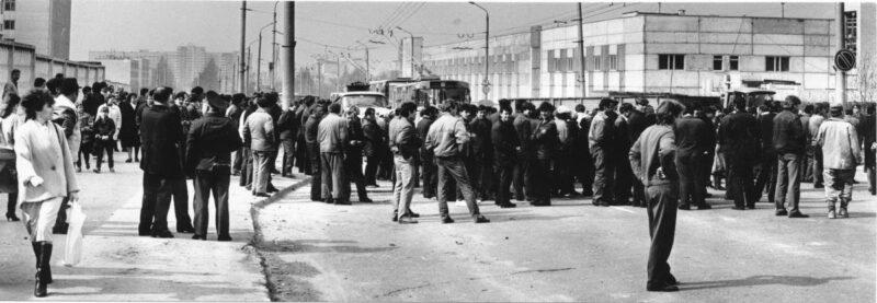 Забастовка на заводе автоагрегатов в Гродно, апрель 1991. Фото из архива Анатолия Хацько