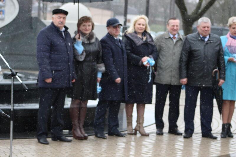 """""""Табачка"""" подарила поликлиникам Гродно новые внедорожники. В марте  поликлиники объявляли их закупку"""