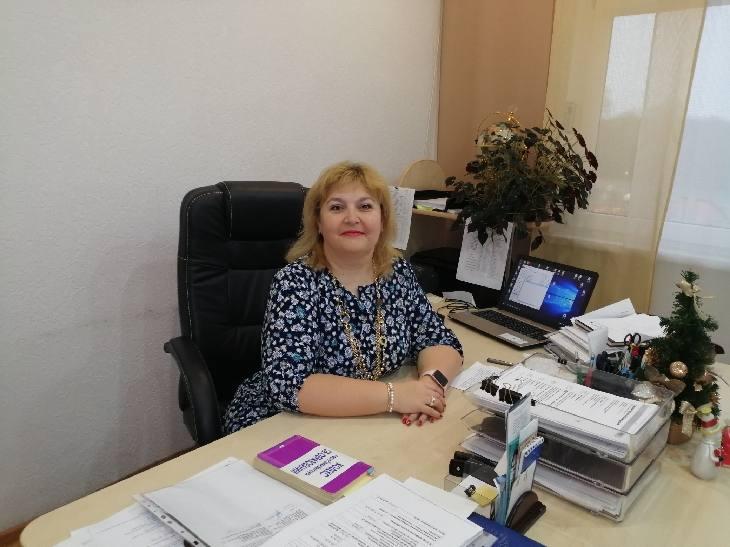 Нелли Стрелковская, директор Понемуньского детского дома. патронатное поспитание