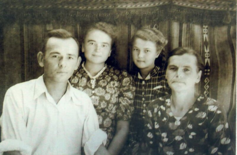 Семья Яблонских. Фото из архива семьи Яблонских