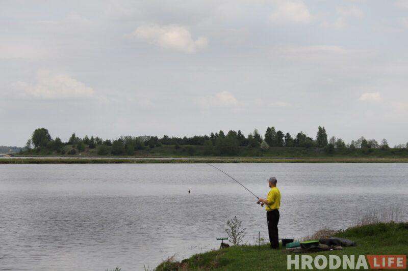 Неман в районе Свислочи - популярное место у рыбаков. Фото: Ольга Селицкая