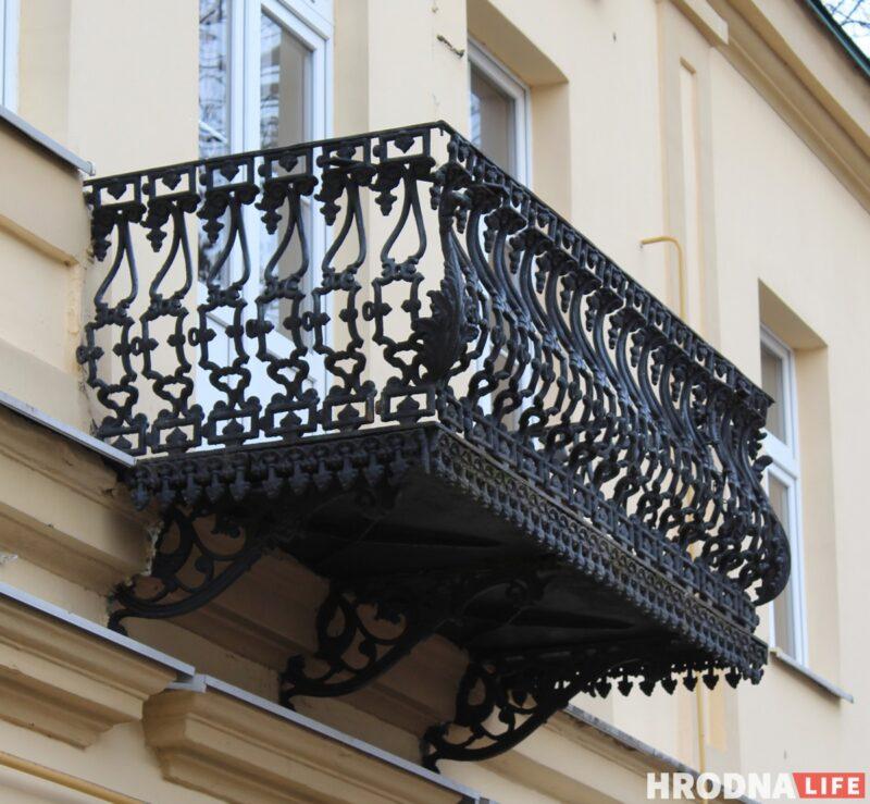 Балконы, двери, окна: гродненка 10 лет фотографировала Гродно в деталях, скоро будет выставка
