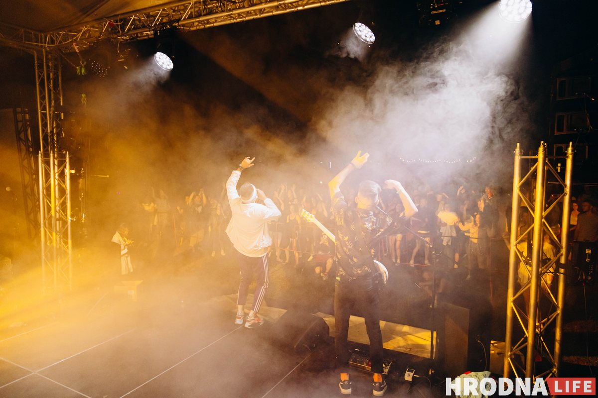 «Движ живет в каждом из нас». Под Сморгонью прошел первый музыкальный фестиваль ДВИЖ, хедлайнеры мероприятия - Nuteki и ARSTON