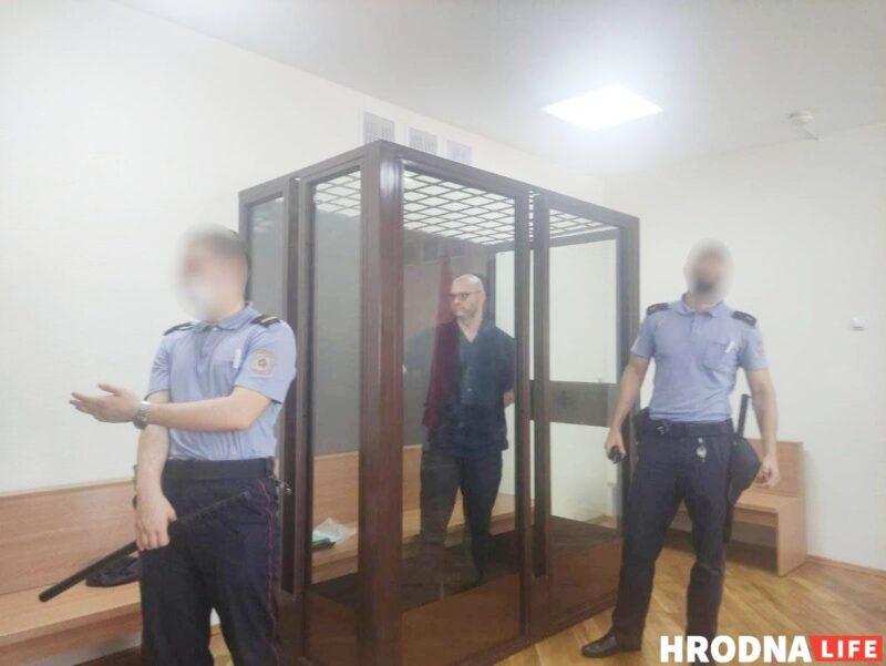 Помните дело Соколовского, где омоновцы отказывались от исков? Ему запросили 3,5 года колонии
