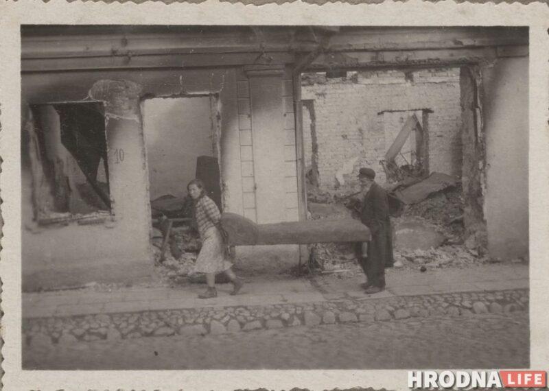 Разрушенный город и очереди евреев: смотрите уникальные снимки Гродно, которые сделал немецкий полицейский 80 лет назад